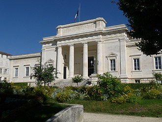 Saintes, Charente-Maritime - Courthouse, district Saint-Vivien.