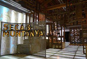 Valencian Museum of Ethnology - Image: Sala de secà i muntanya del Museu Valencià d'Etnologia