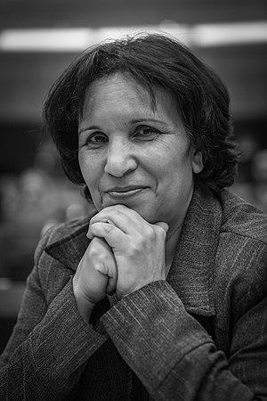 Salima Ghezali - Image: Salima Ghezali par Claude Truong Ngoc novembre 2013