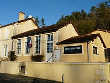 Salon (24) mairie.JPG
