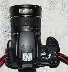 Samyang 85 f 1.4 on EOS 350D (3986507365).jpg
