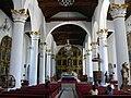 San Cristobal Kathedrale - Innenraum.jpg