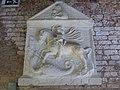 San Giorgio e il drago e Madonna con Bambino (nel timpano), arte veneta della prima metà del XVI sec., prov. dall'isola di san Giorgio in Alga.JPG