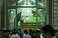 Schrein der Fatima Masuma in der Moschee in Ghom (Qom) in Iran.jpg