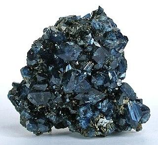 Scorodite arsenate mineral