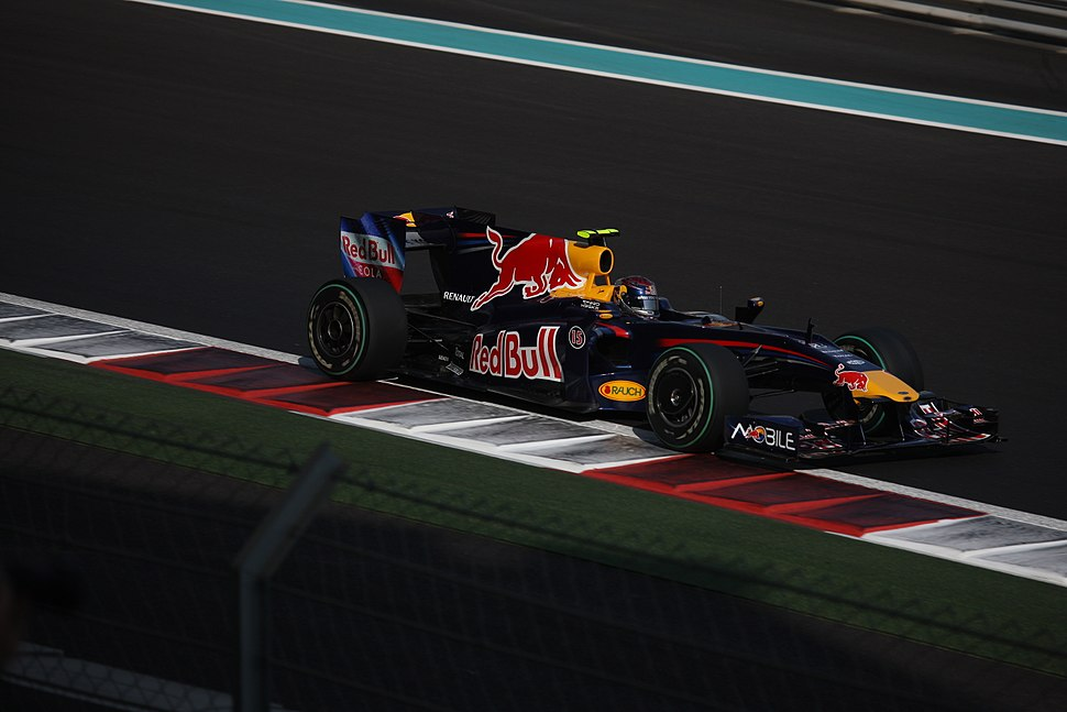 Sebastian Vettel (Red Bull RB5) on Saturday at 2009 Abu Dhabi Grand Prix