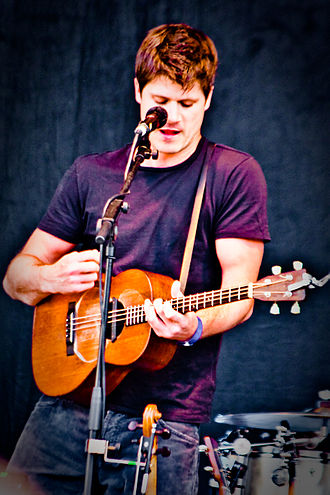 Seth Lakeman - Lakeman performing in Trafalgar Square in April 2009