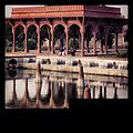 Shalimar garden pavillion.jpg