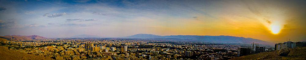 سراسرنمای شیراز در روز