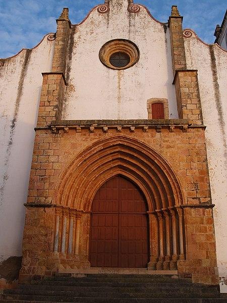 Image:SilvesCathedral-facade2.jpg