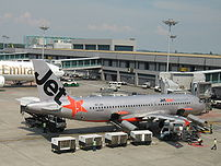 Jetstar Asia Airways Airbus A320 at Singapore ...