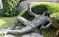 Skulptur Josef-Telser-Str (Feldthurns) Weltkriegsopfer&Othmar Winkler&.jpg