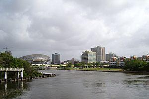 Hato Rey Norte, San Juan - Hato Rey Norte skyline, with Martín Peña Canal and José Miguel Agrelot Coliseum