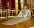 Sofia Magdalena av Sveriges kröningsklänning med släp från 1772 - Livrustkammaren - 21681.tif