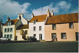 "Some ""Wee Hooses o' Fife"", St Monans. - geograph.org.uk - 158046.jpg"