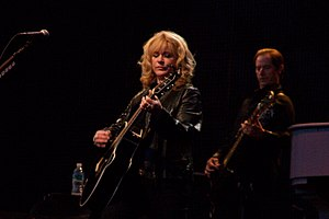 Soozie Tyrell - Tyrell, with Bruce Springsteen and the E Street Band playing in Valladolid, Spain during the Working on a Dream Tour on August 1, 2009