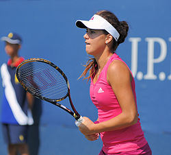 Sorana Cîrstea at the 2010 US Open 03.jpg
