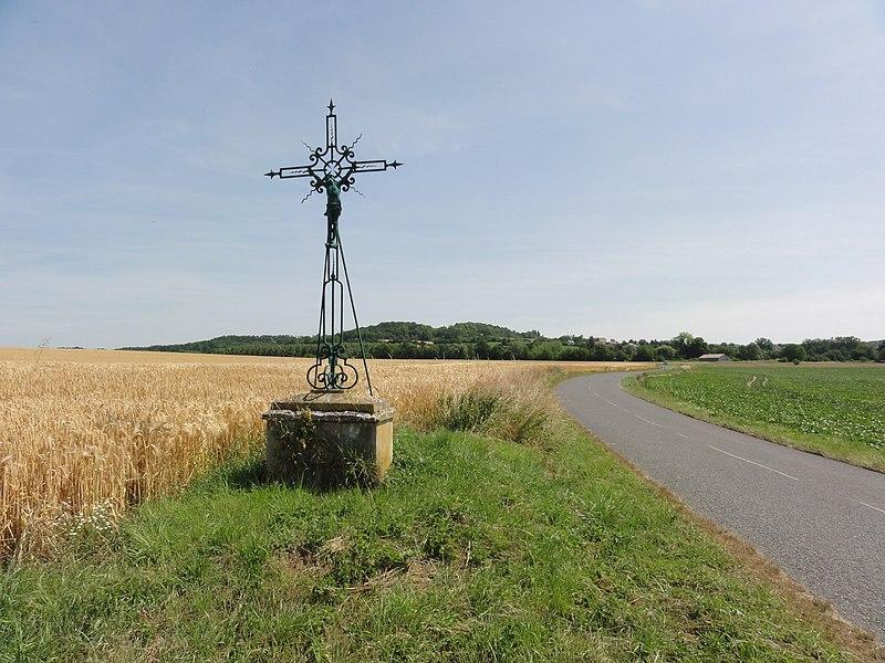 Soupir (Aisne) croix de chemin direction Moussy