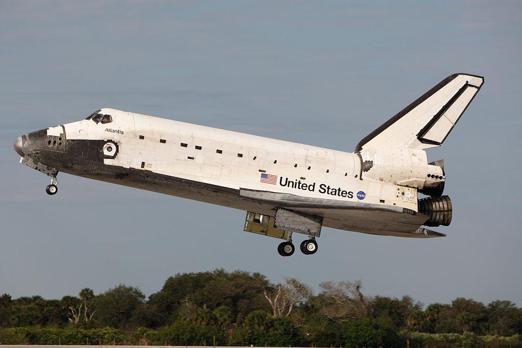 size of space shuttle atlantis - photo #9