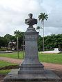 Statue du Général Frébaut, place de la Victoire.JPG
