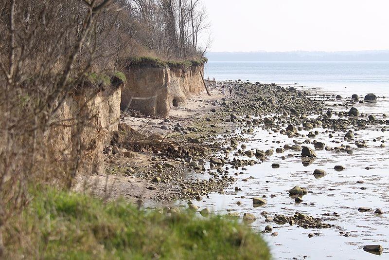 File:Steilküste bei Timmendorf, Insel Poel (3436640119).jpg