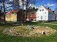 Steinsetting - kirkestedet ID 85037 IMG 2056 gamle soegne.jpg