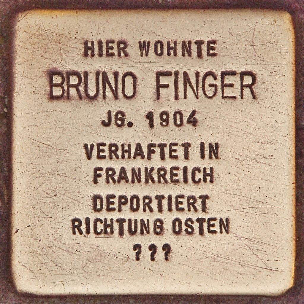 Stolperstein für Bruno Finger (Vilshofen).jpg