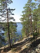 Stora Trehörningen i Tivedens nationalpark.jpg