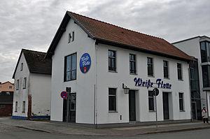 Stralsund, Fährstraße 16, Ecke Am Fischmarkt (2012-03-04), by Klugschnacker in Wikipedia.jpg
