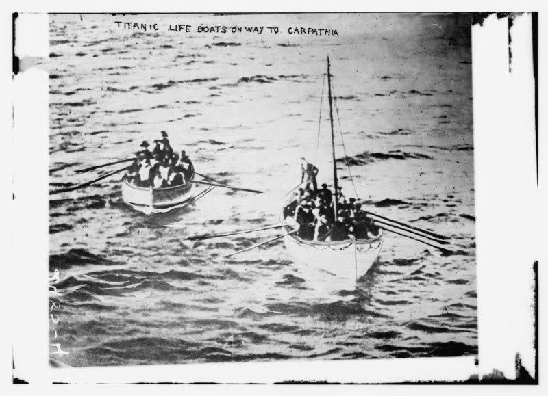 File:TITANIC life boats on way to CARPATHIA (02).tif