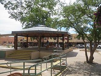 Taos Plaza - Image: Taos Plaza 7