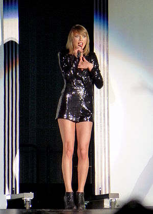 "Blank Space - Swift performing ""Blank Space"" during 1989 World Tour."