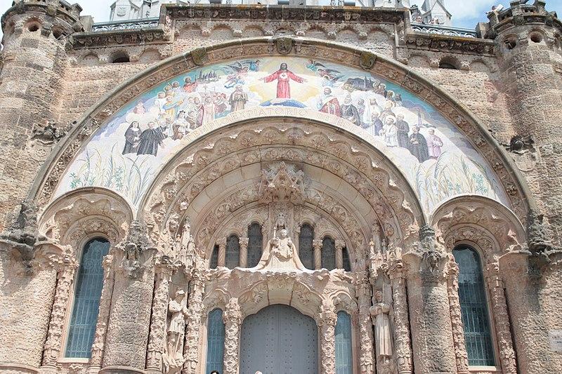 800px-templo_expiatorio_del_sagrado_coraz%c3%b3n