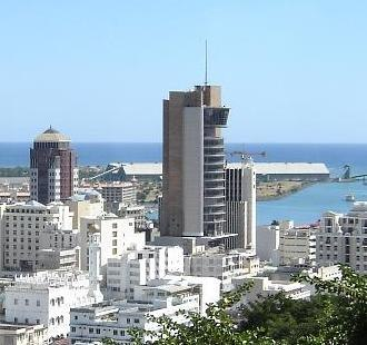 Bank of Mauritius - Image: The Bank of Mauritius tower (in the centre)