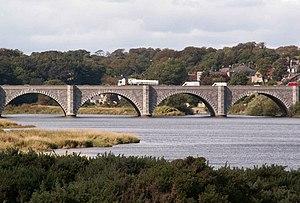 Bridge of Don (bridge) - The bridge in 2004 (fifth arch not visible)