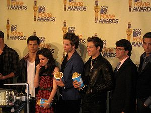 The Cast of Twilight - MTV Movie Awards.jpg