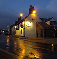 The Crown Pub at Paull - geograph.org.uk - 1153307.jpg