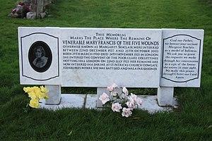 Margaret Sinclair (nun) - The memorial to Margaret Sinclair (Sister Mary Francis) in Mount Vernon Cemetery, Edinburgh
