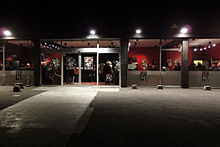 Description de l'image Theatre140-doors02-w.jpg.