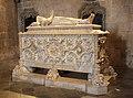 Tomb of Vasco da Gama (3808917909).jpg