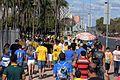 Torcedores chegando ao Mané Garrincha (28154942903).jpg