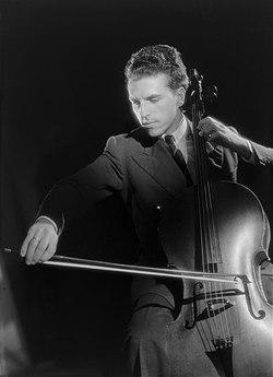 Tortelier Harcourt 1948.jpg