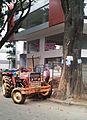 Tractor (6452721853).jpg