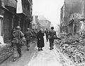 Troops moving through Bensheim 1945 02.jpg