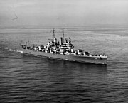 USS Cleveland (CL-55) underway at sea in late 1942 (NH 55173)