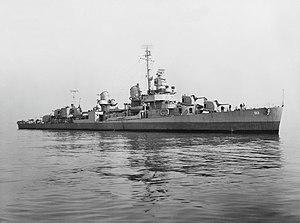 USS Terry (DD-513) off the Mare Island Naval Shipyard, California (USA), on 8 December 1944 (NH 102788)