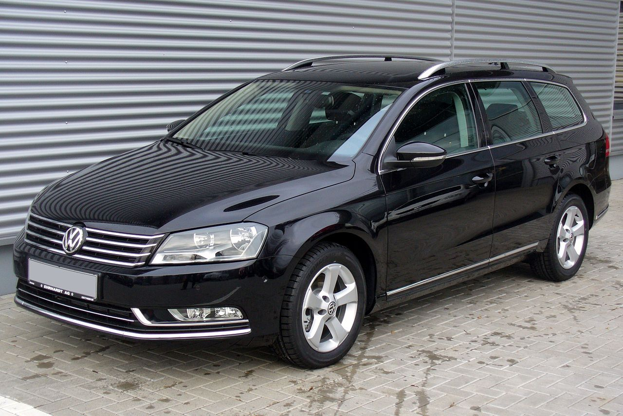 file vw passat variant b7 2 0 tdi bmt dsg highline deep black jpg wikimedia commons. Black Bedroom Furniture Sets. Home Design Ideas