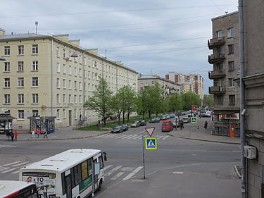 https://upload.wikimedia.org/wikipedia/commons/thumb/7/76/Vasenko_Street_%28St.Petersburg%29.JPG/375px-Vasenko_Street_%28St.Petersburg%29.JPG