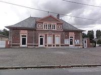 Vaux-en-Vermandois (Aisne) mairie-école.JPG