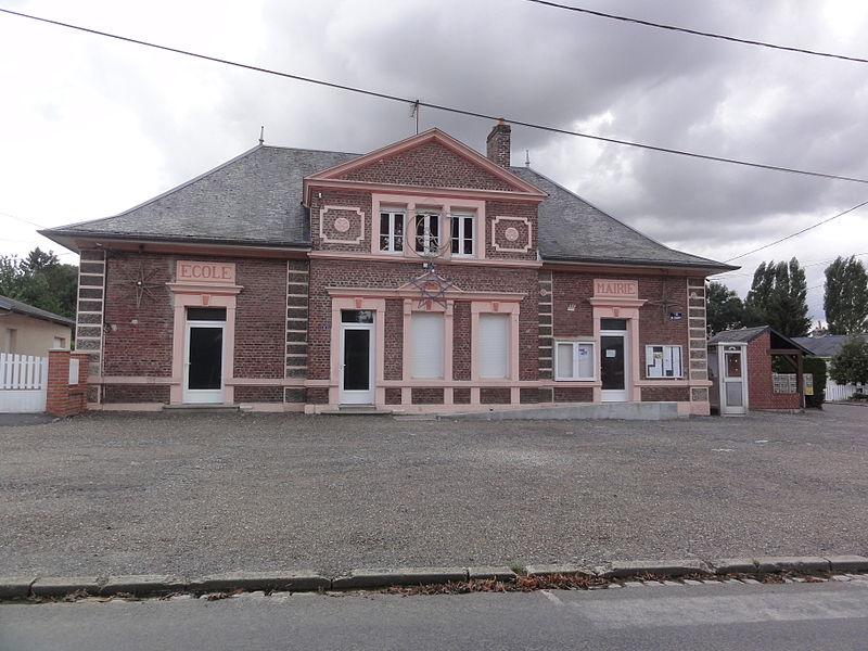 Vaux-en-Vermandois (Aisne) mairie-école